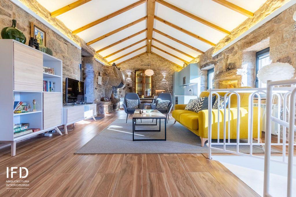 salon-comedor-proyecto-diseño-de-interiores-casa-rural-pontevedra-02
